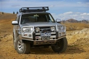 Land Rover Discovery II Deluxe Bull Bar Winch Mount Bumper